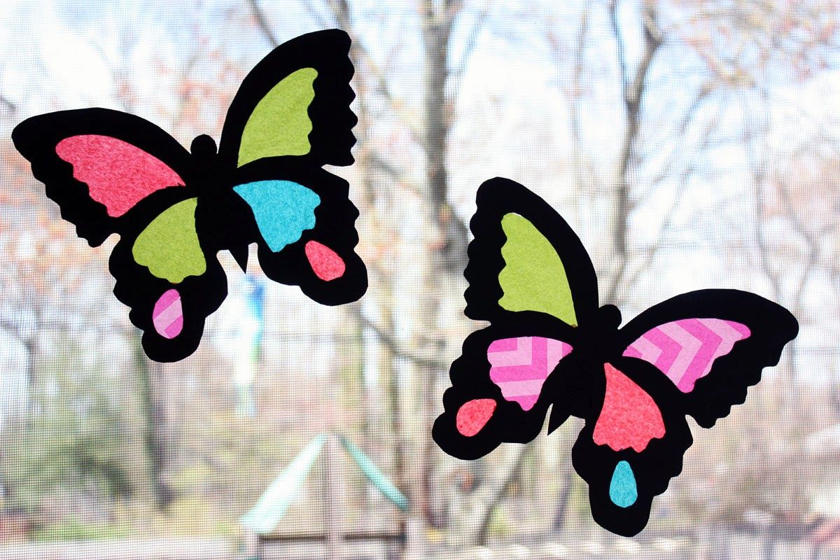 Moomama diy suncatcher butterflies for Butterfly stained glass craft