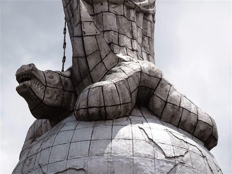 Serpiente de la Virgen del Panecillo