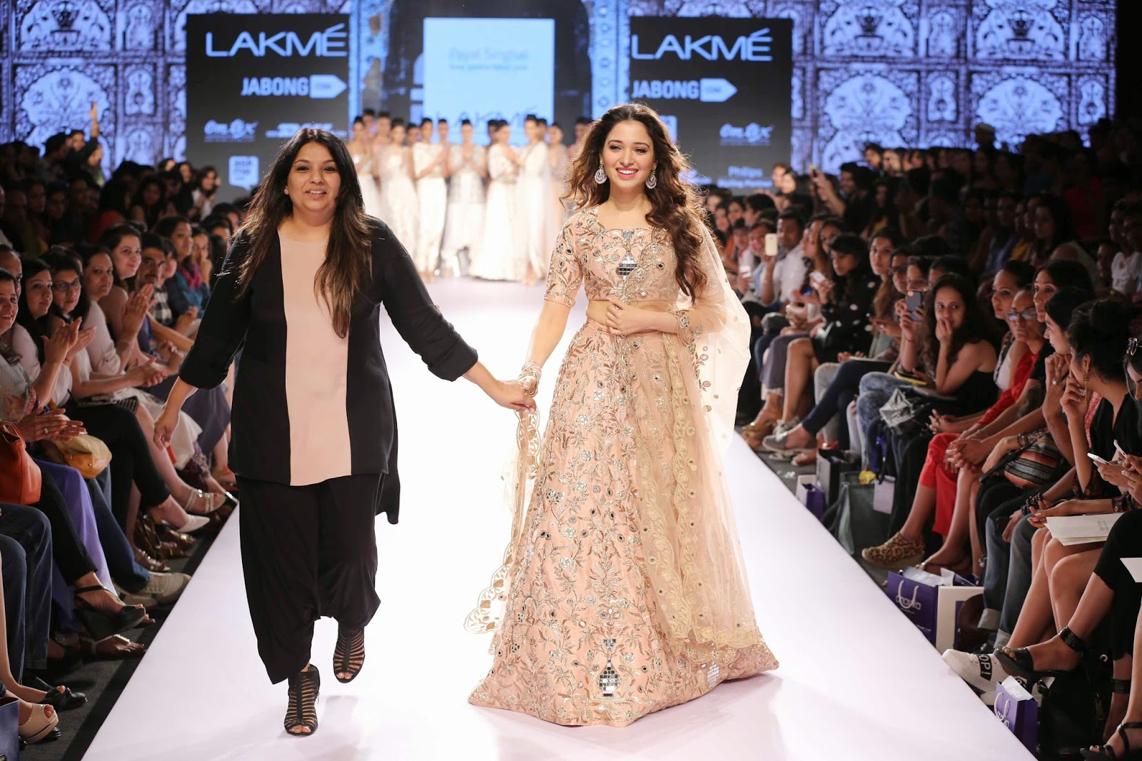 http://aquaintperspective.blogspot.in/,PAYAL SINGHAL