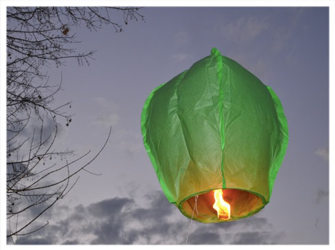 Fred took this lovely photo of the flying lantern on its tether
