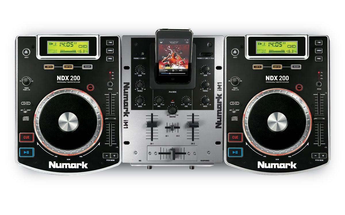 Numark iCD DJ IOX Complete CD iPod DJ System - B H