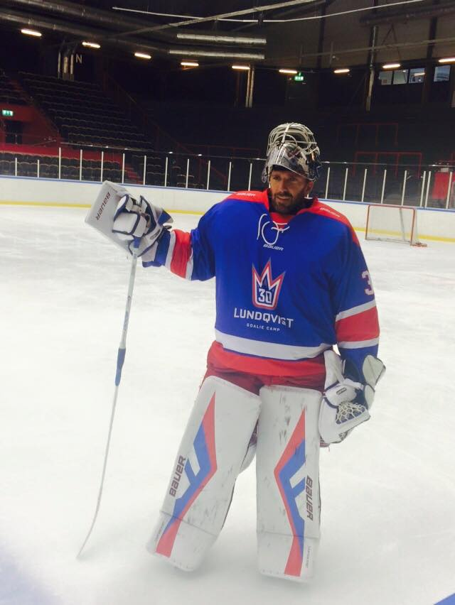 The Henrik Lundqvist Blog Are These Henrik Lundqvist S New Pads For