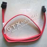 Kabel data tipe SATA - Image by www.gtx-komputer.com