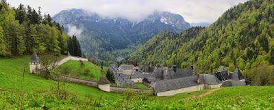 http://josbrunonis.blogspot.de/2015/11/dvd-saint-bruno-pere-des-chartreux.html