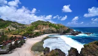 Pantai Siung Gunungkidul Yogyakarta