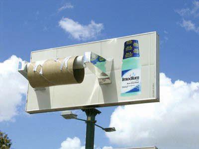 panneau d'affichage jc decaux papier toilette imodium