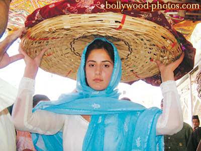 Entertainment World: Katrina kaif in childhood