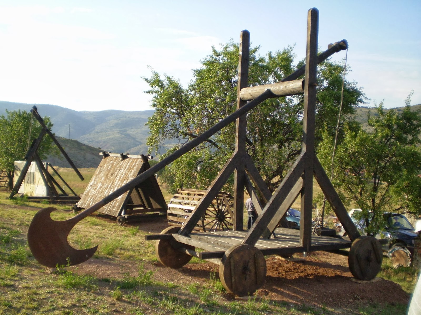 Trebuchet Park. Historia Militar