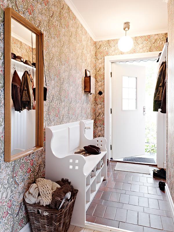 M nica castillo pasillos y recibidores como decorarlos - Papel pintado para recibidores ...