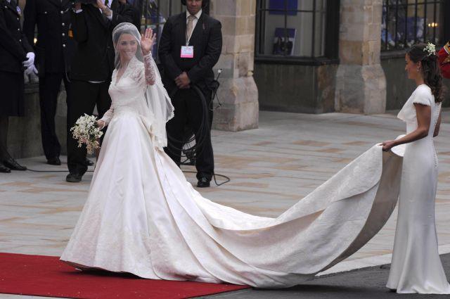 que es tendencia: karl lagerfeld analiza el vestido de kate middleton