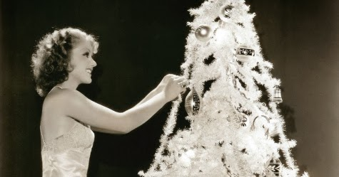 The 1930s Christmas Tree And Decorations