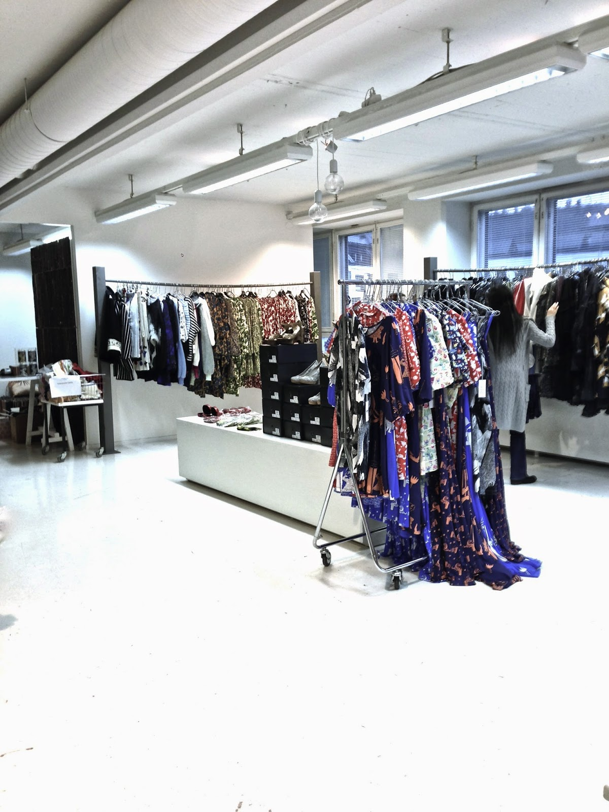 Ivana Helsinki, Garage Sale, Paola Suhonen