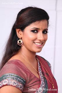 Shravya Reddy Hot Saree Photos