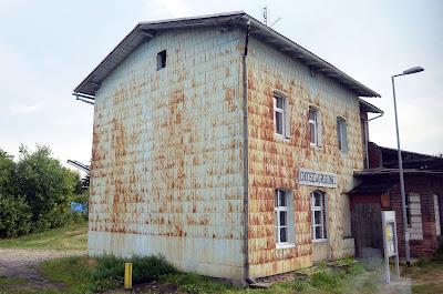 Railway stations poland chociszewo rogoziniec for Classic house zene