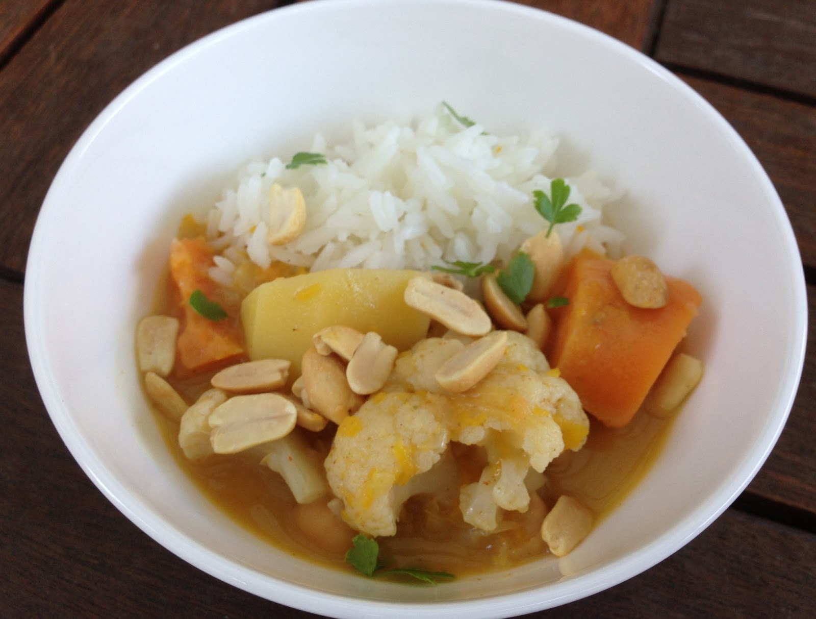 Additive Free Bites: Coconut Vegetable Curry