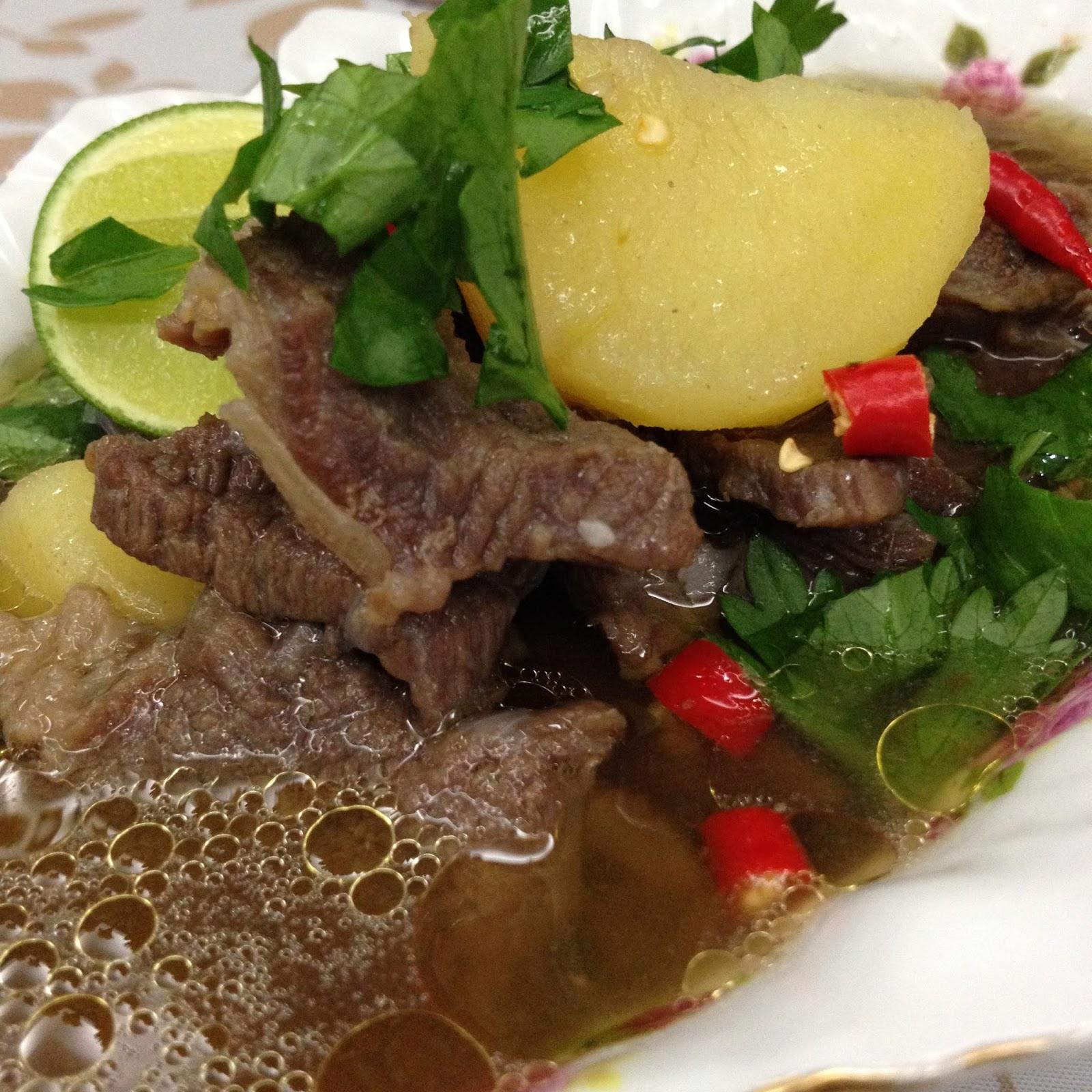 Cik Wan Kitchen Sup Daging Ringkas Ala Thai