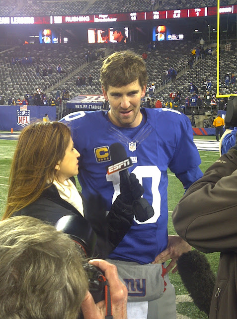 ESPN's Rachel Nichols and Giants QB Eli Manning