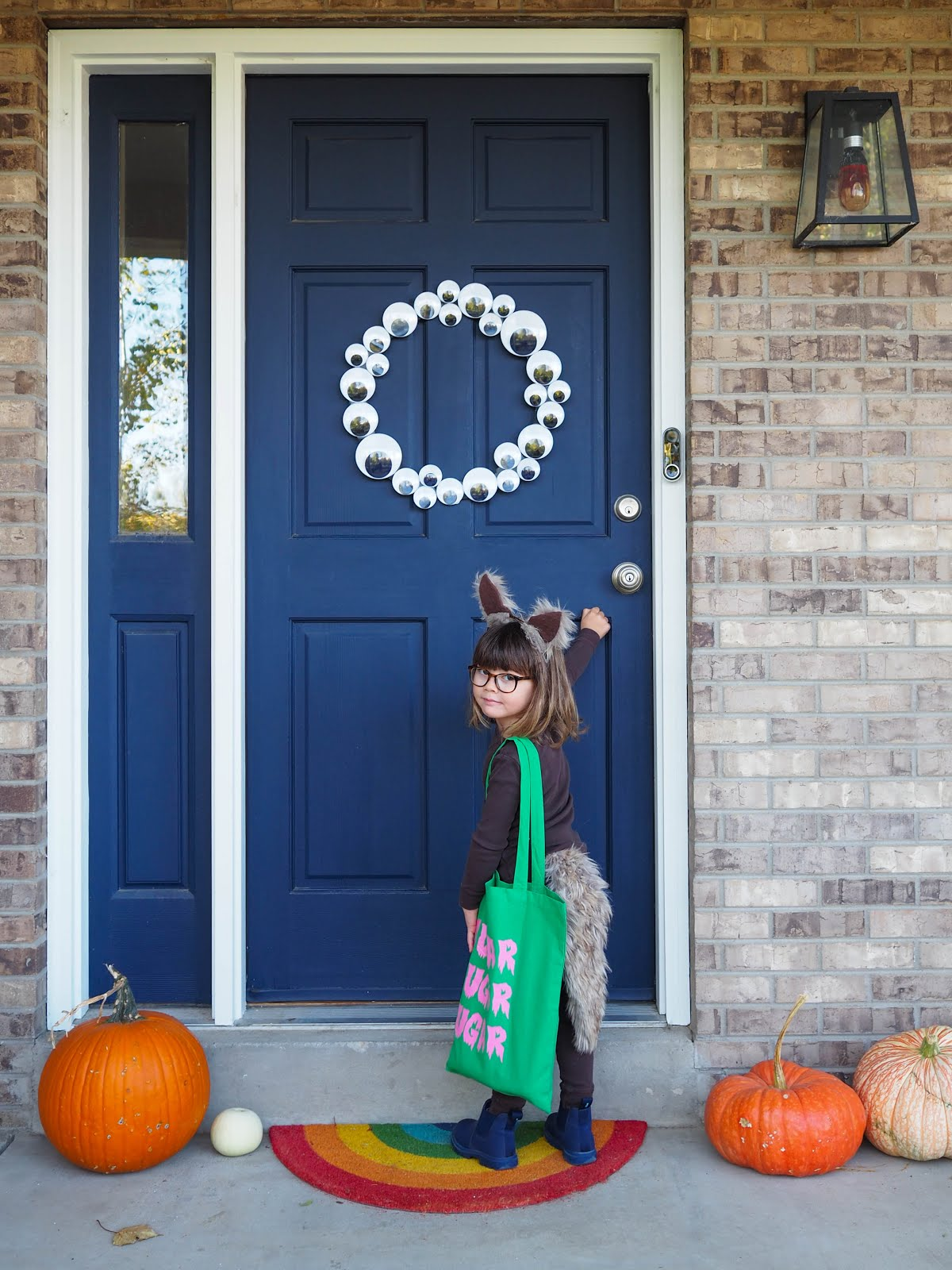 Googly Eye Door Wreath DIY