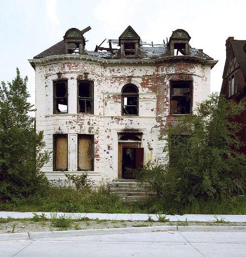 Abandoned Buildings Newcastle Uk: I Heart Abandoned Shabby Chic