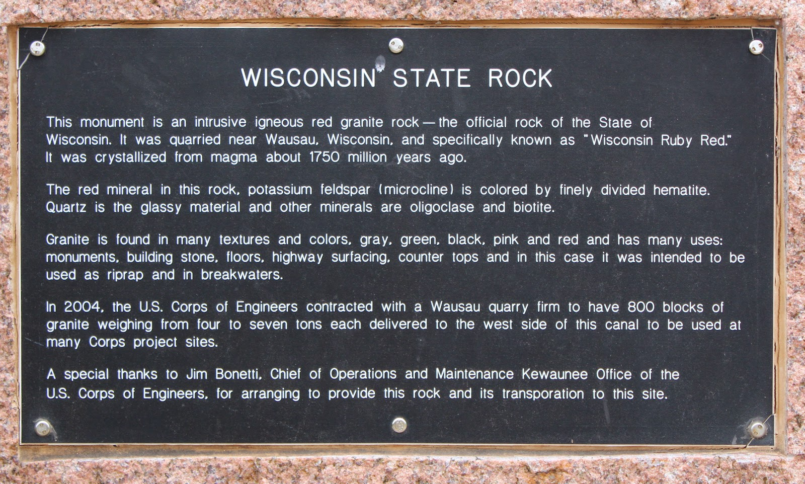 Wisconsin Red Granite Stone : Wisconsin historical markers state rock