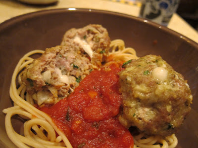 Mozzarella stuffed pesto turkey meatballs