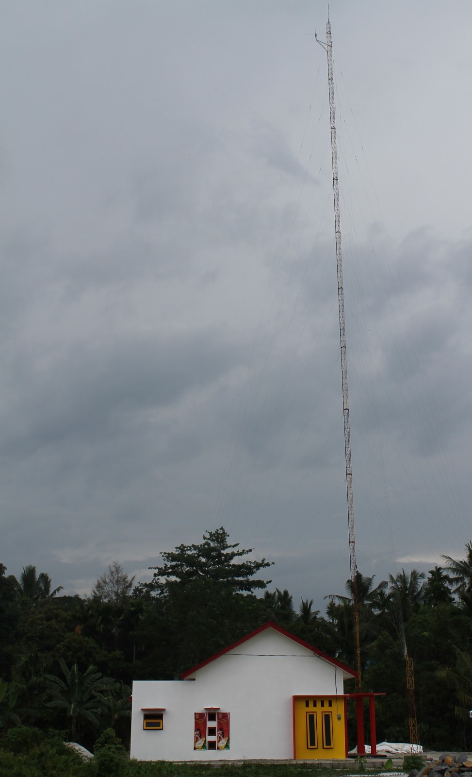 STUDIO RADIO JRENG FM
