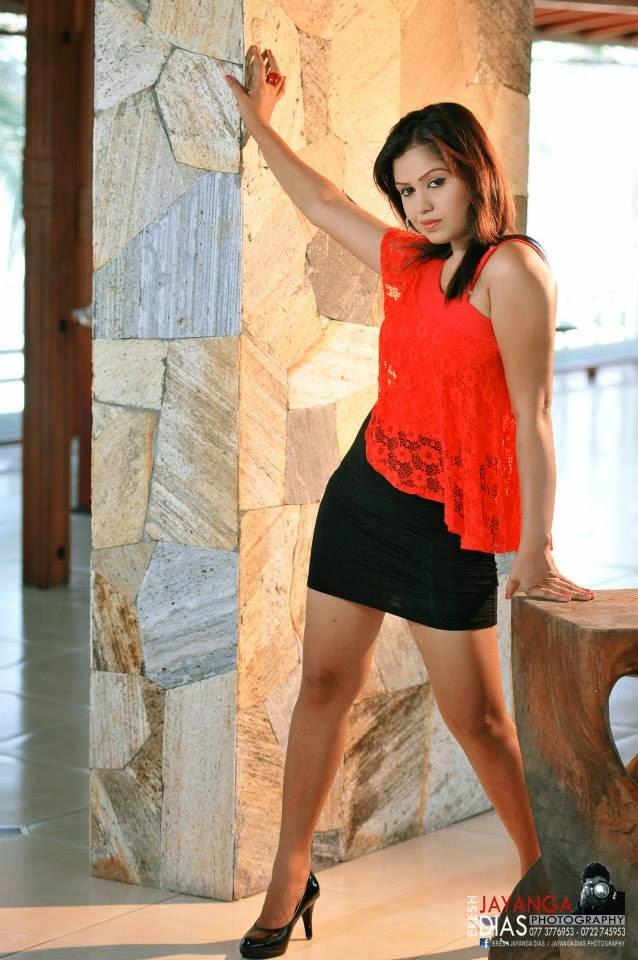 Tharu Arabewaththa mini skirt