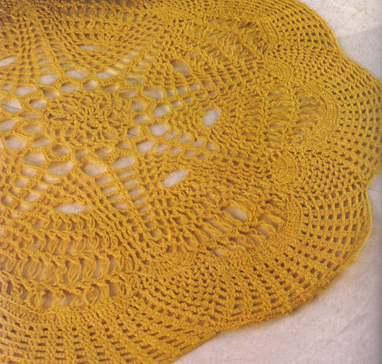 Tapete Amarillo a Crochet