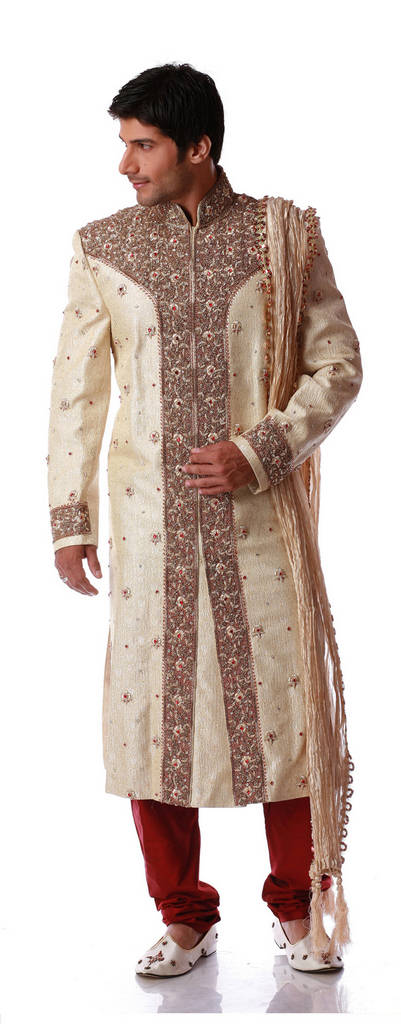 Beautiful Man Sherwani Designs For Fashion 2011 !