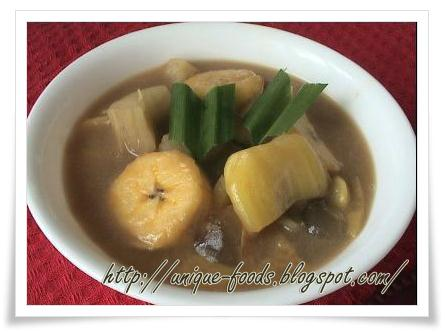 Kolak Singkong is also our traditional food. To make kolak singkong or