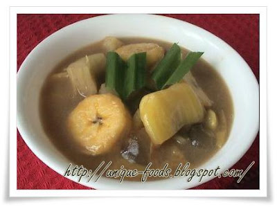 Kolak Singkong is also our traditional food. To make kolak singkong or cassava's soup is easy way to do. Many people would like to have this soup when in the cool weather. In another way we could have this soup through adding the ices in this soup to get fresh taste in hot weather. So weather we consume it in with hot and cool soup,