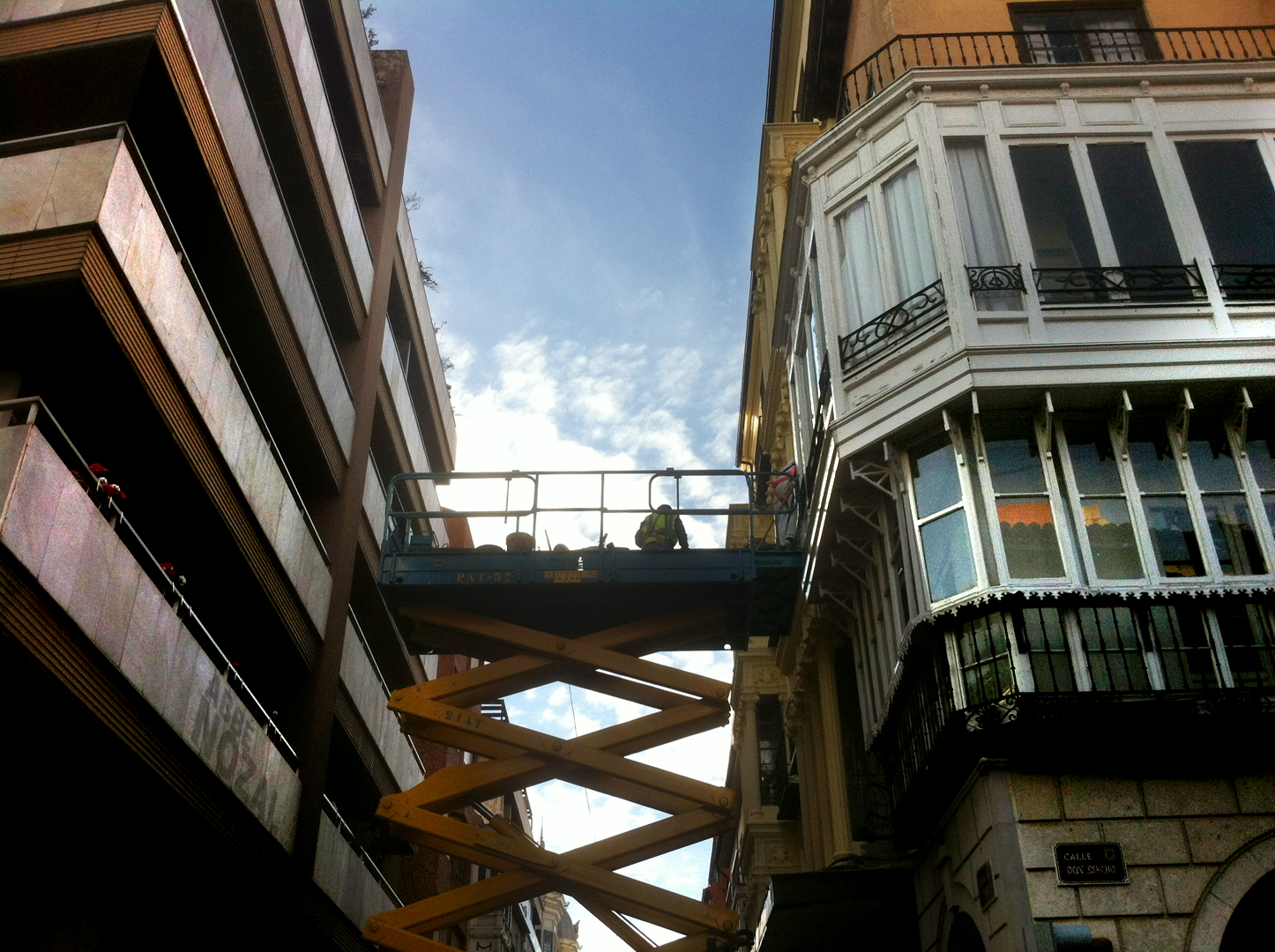 Un puente en los Cuatro Cantones, 2014 Abbé Nozal