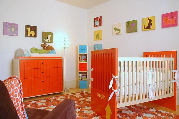 Desain kamar bayi warna warni