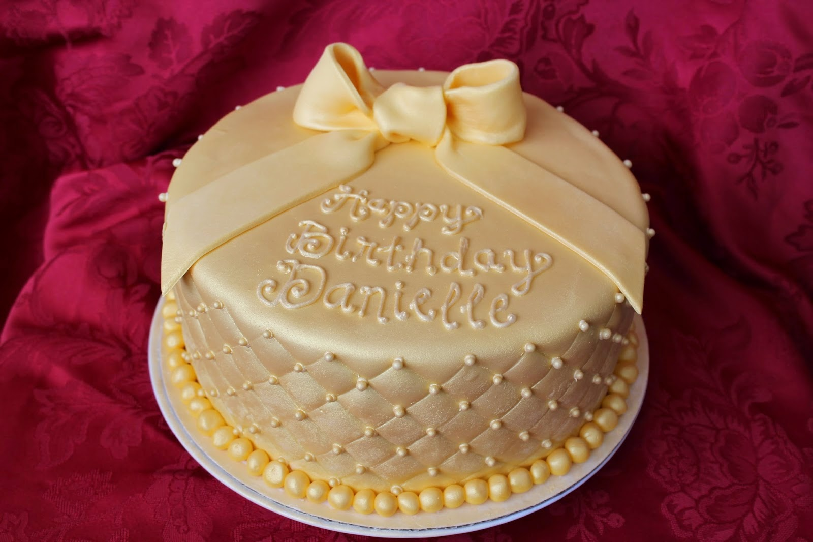 The birthday cake gold for your spouse Miscellaneous garden