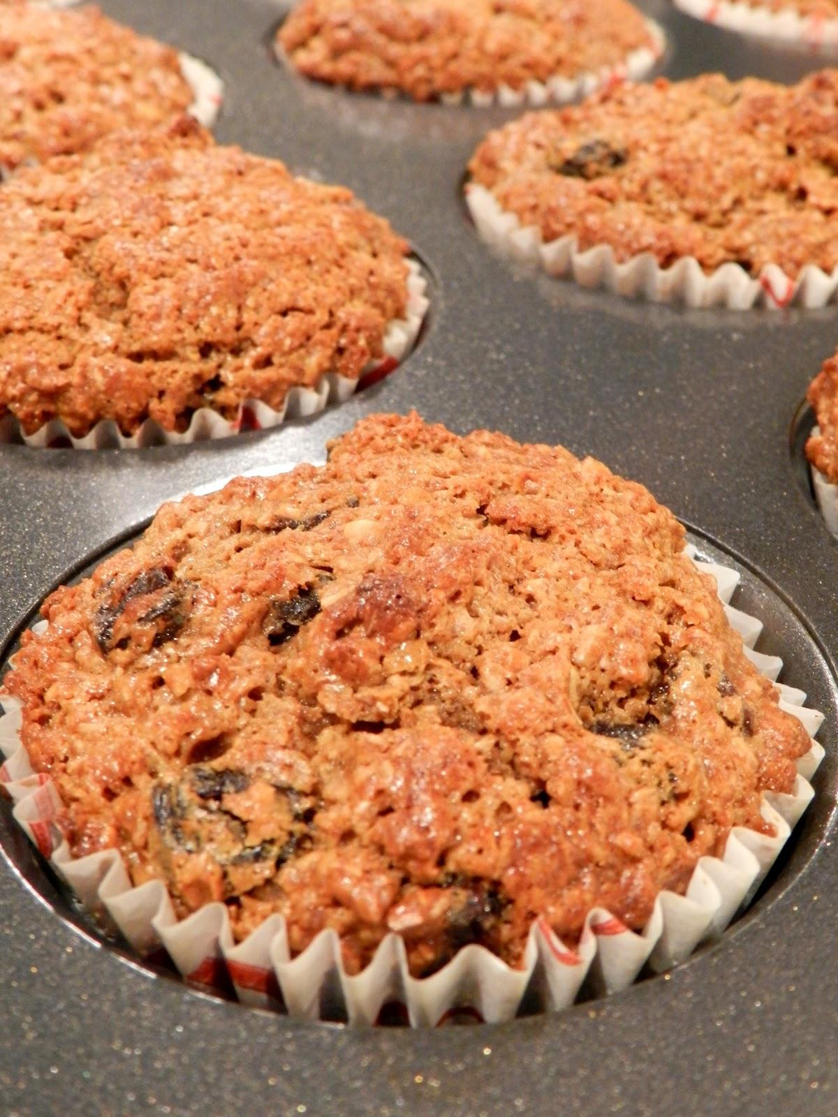 The Baking Bookworm: Sour Cream Raisin Bran Muffins