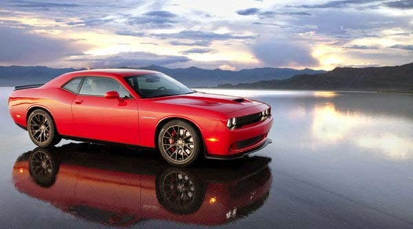 Dodge Challenger Hellcat Ordering Begins With a Strange Competition for Stock