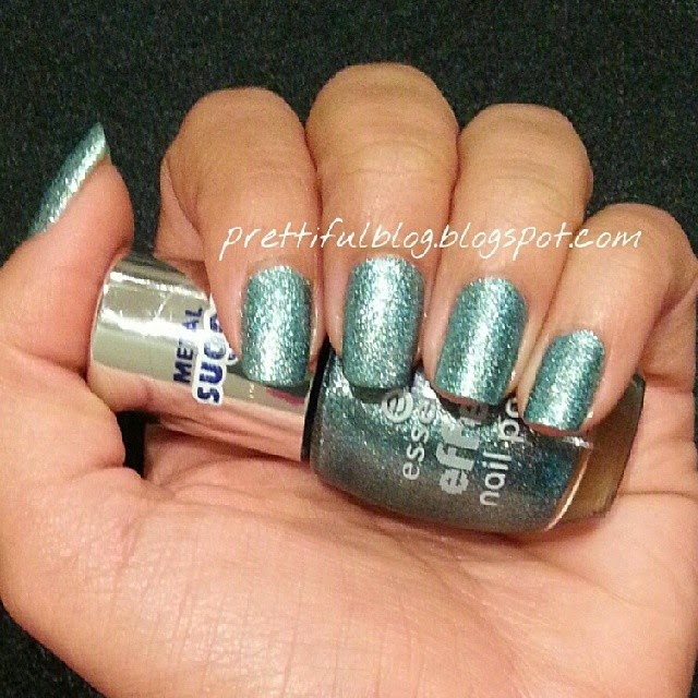 Essence Skyfall Swatch