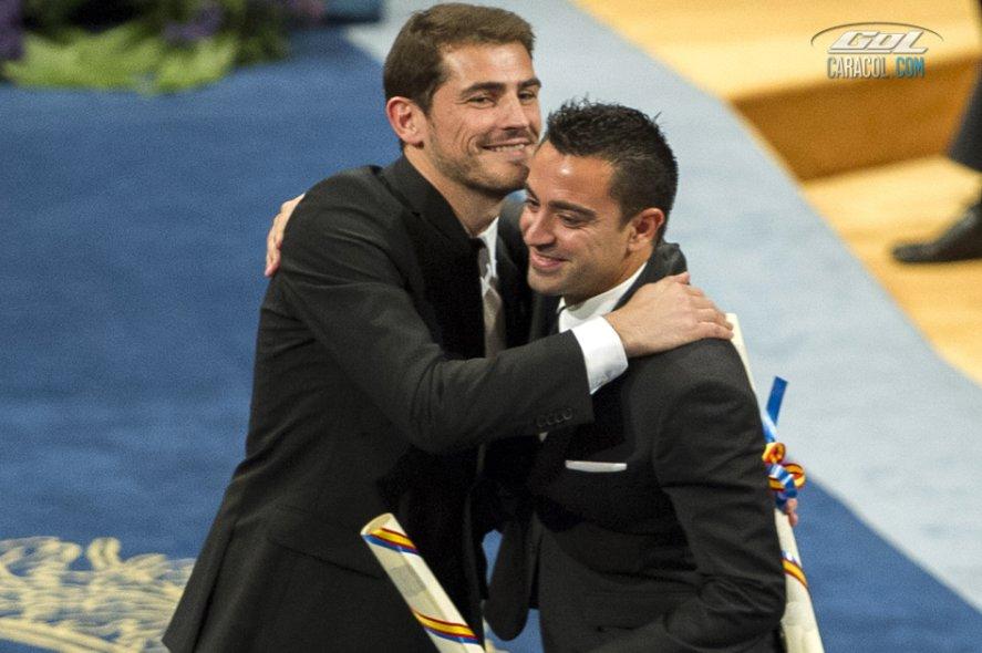 Casillas y Xavi, los príncipes de Asturias