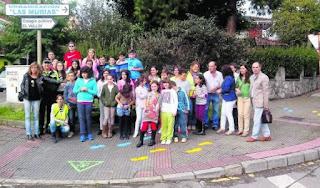 http://asturiasvial.blogspot.com.es/2014/10/castrillon-estrena-caminos-escolares.html