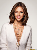 Jessica Alba adverts for Piaget's jewellery The Possession Collection