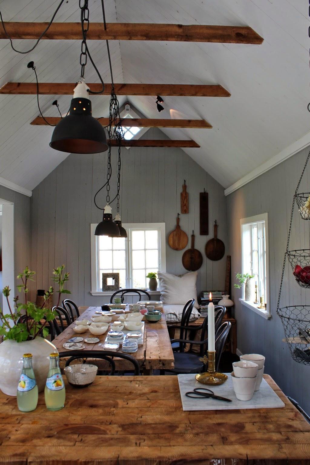 un chalet de jardin fleuri en su de my gardening tales. Black Bedroom Furniture Sets. Home Design Ideas