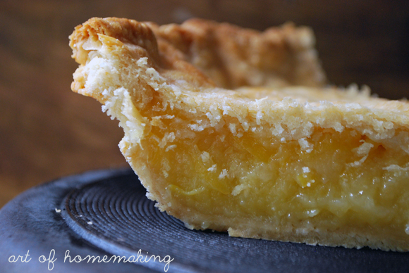 Shaker Lemon Pie | The Art of Homemaking