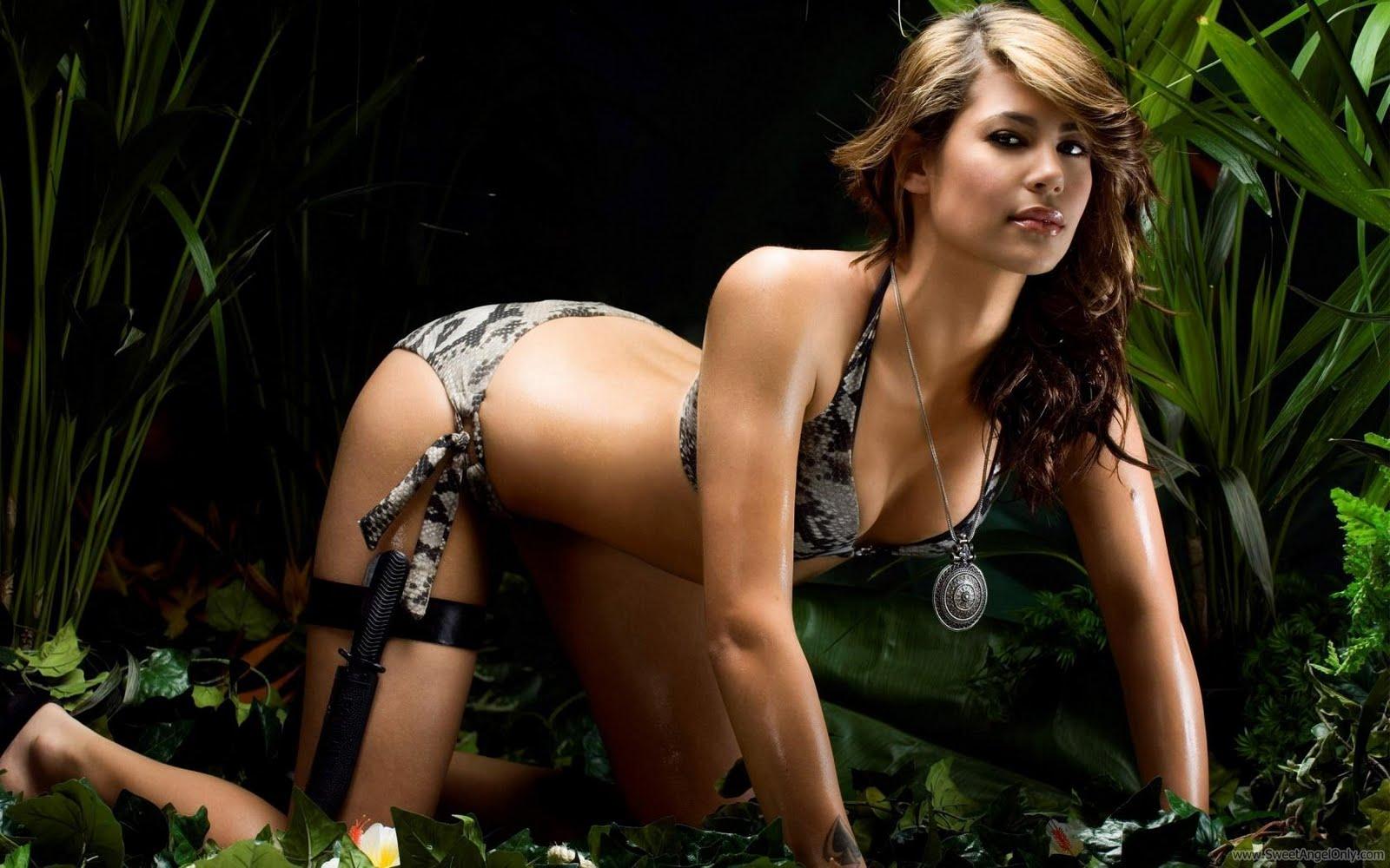 http://3.bp.blogspot.com/-bSZvaqEWHuM/TsDcGx4NfCI/AAAAAAAAA2Q/X89vruar6xU/s1600/karima_adebibe_hot_in_jungle-1680x1050.jpg