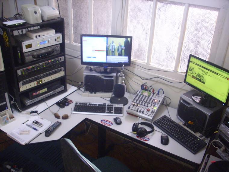 ESTUDIO DA MELODIA FM 106.1