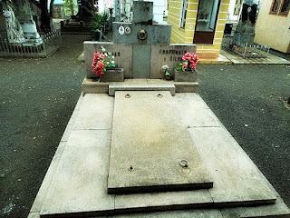 Jazigo da Família Fortunato. Cemitério Jardim da Paz, São Borja.