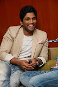 Stylis Star Allu Arjun latest Photos Stills-thumbnail-9