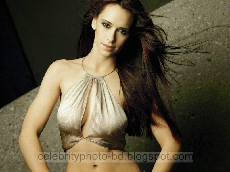 Jennifer+Love+Hewitt+Latest+Hot+Photos+With+Short+Biography002