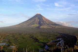 6 Gunung Berapi Yang Paling Menakjubkan Dunia