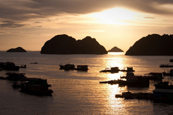 Sunset in Vietnam through the eyes of foreigners