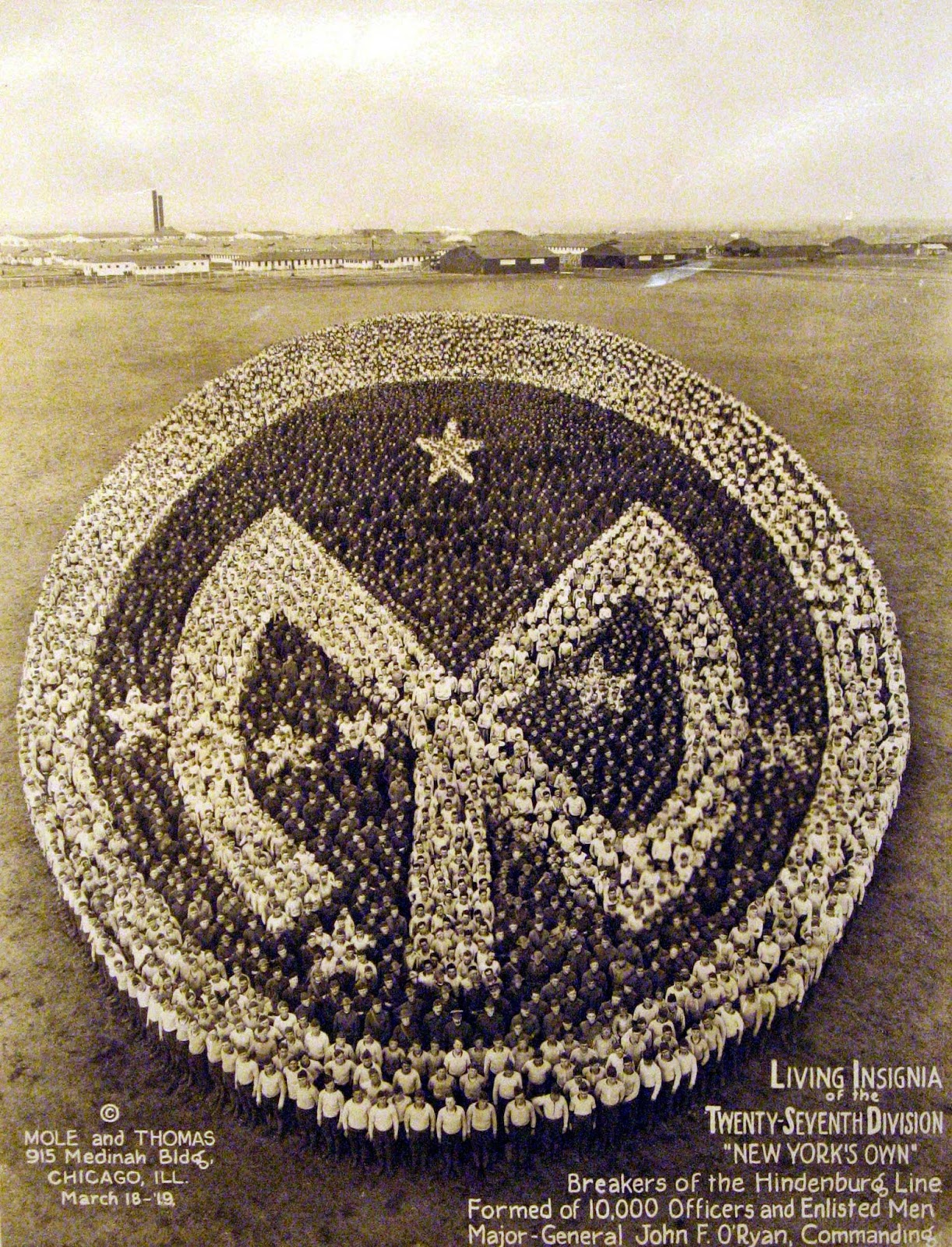 Living Insignia of the 27th Division, 1919, 10,000 officers and men